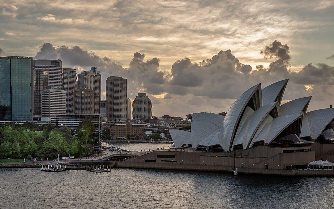 UK makes free-trade offer to Australia
