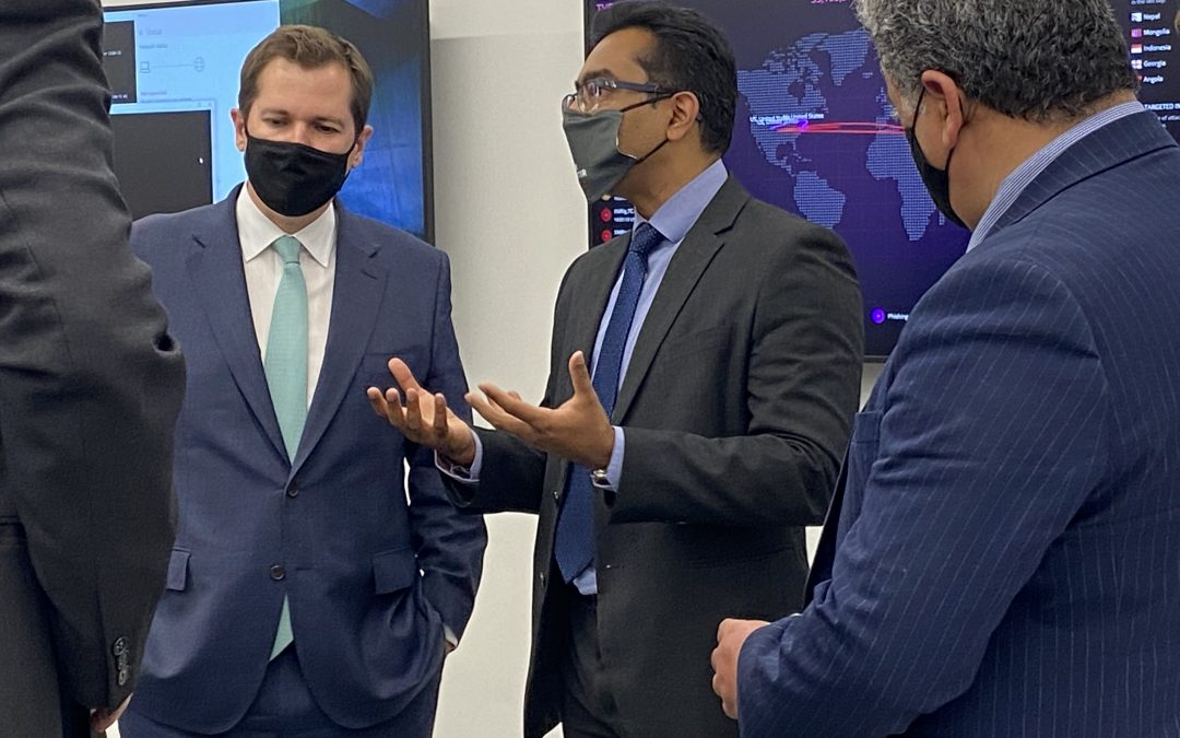 Minister puts cyber security in range with visit to new centre